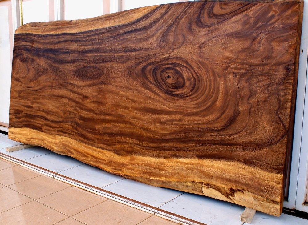 SUAR Материал:слэб деревасуар Размеры: 220x105х8 см