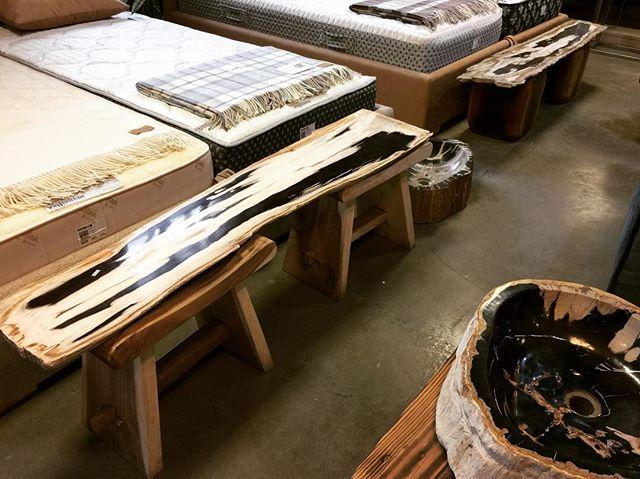Приехали новые слэбы из окаменелого дерева для консолей и журнальных столов.  #craftedbynature