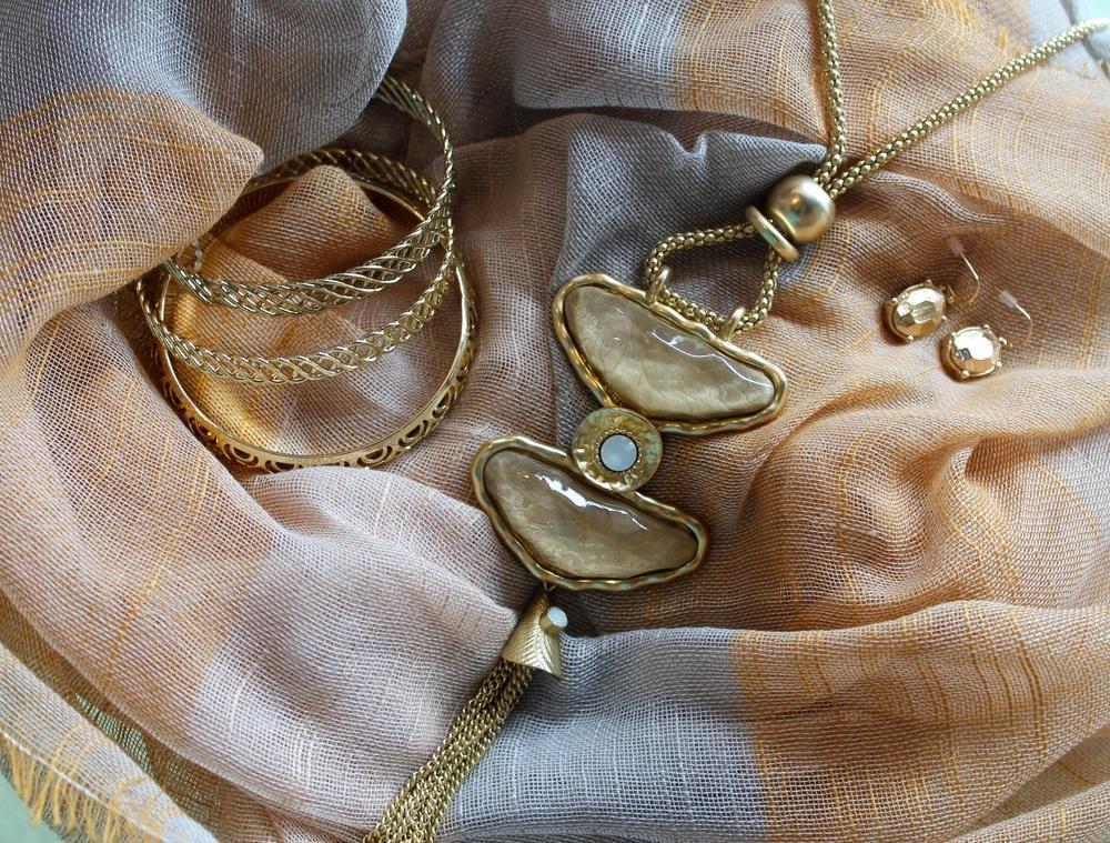 gold necklace and bracelet