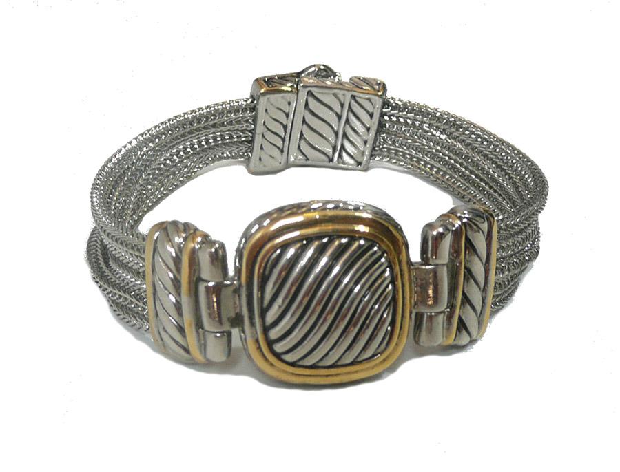 bracelet yurman square.jpg