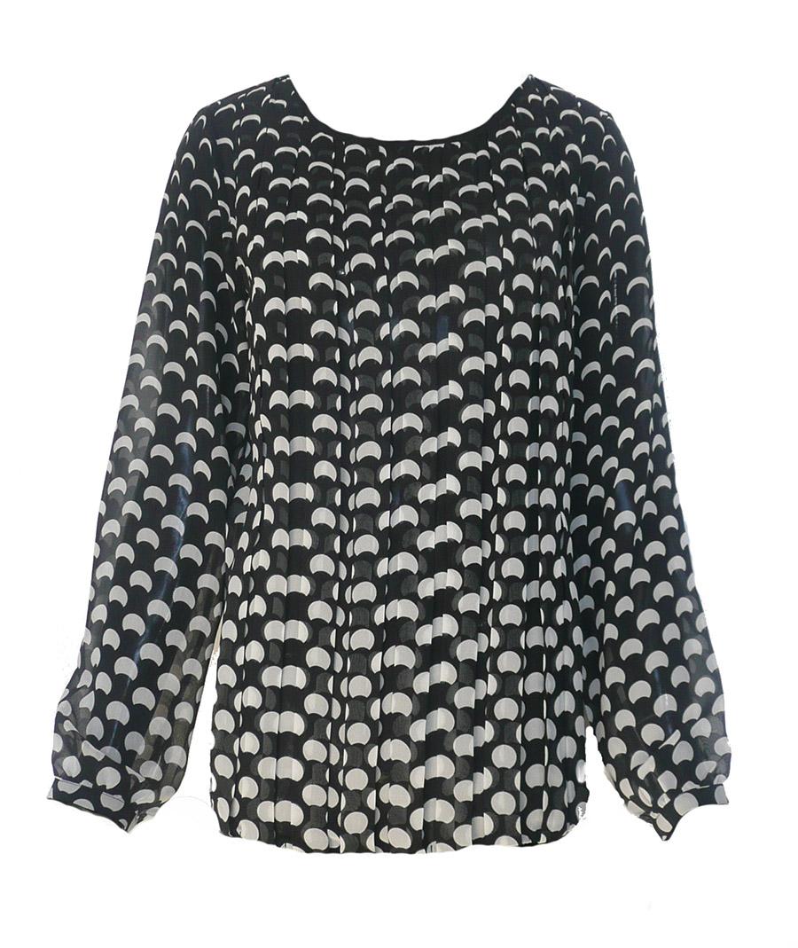 blouse bw pleat fnt.jpg