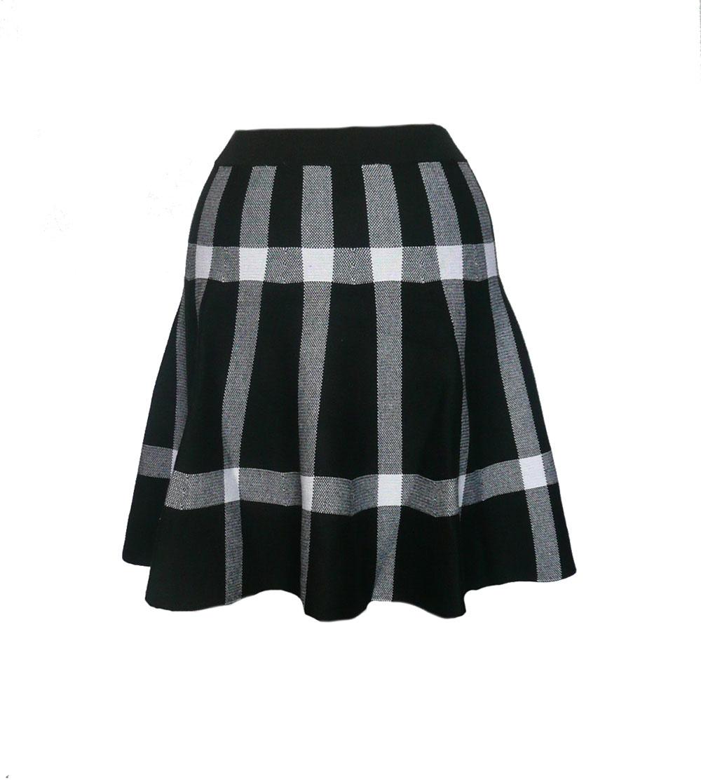 skirt flip bw bold plaid.jpg
