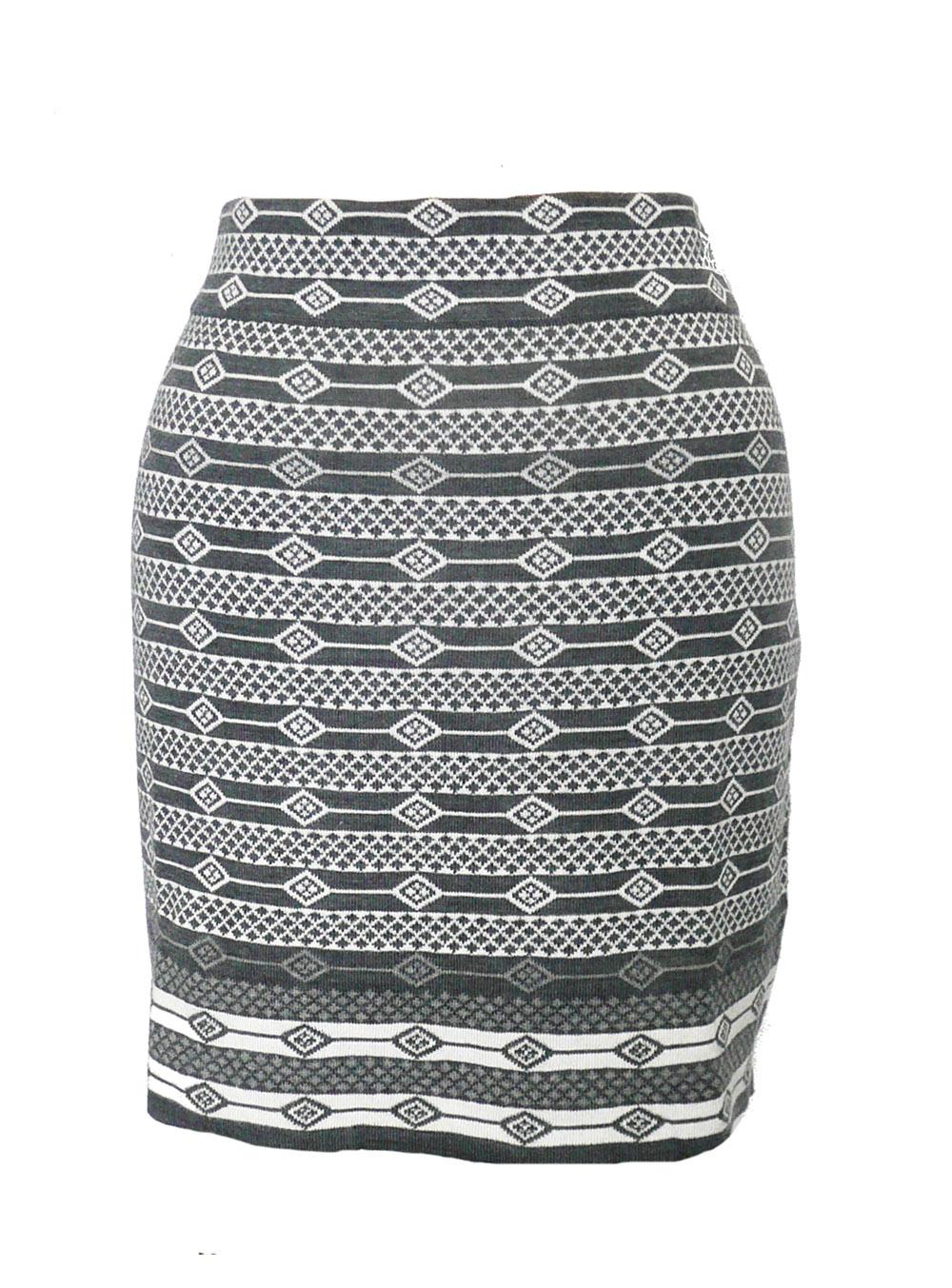 skt krimson grey pattern knit.jpg