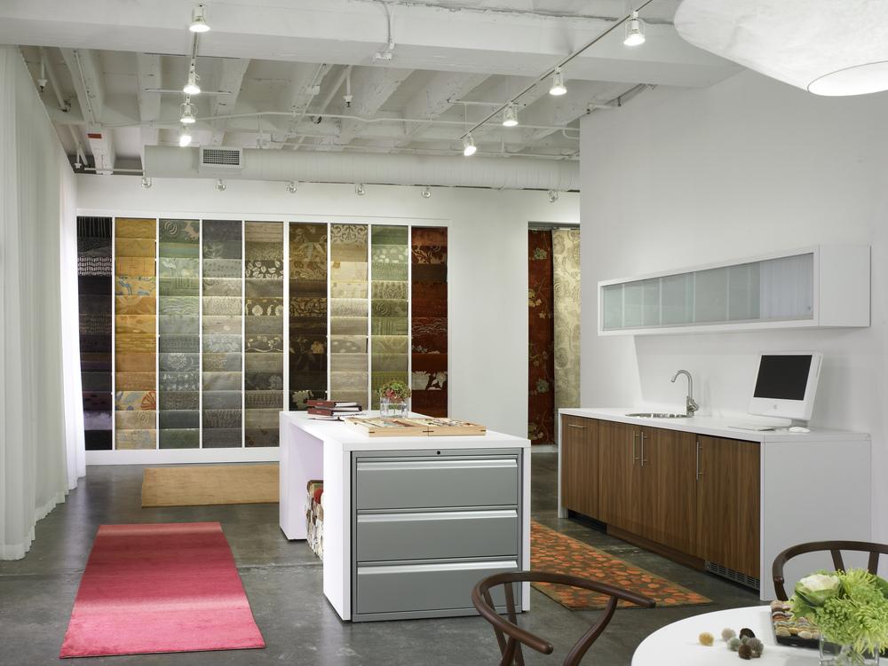 Kadlec Architecture + Design - Atelier Lapchi Showroom 5.jpg