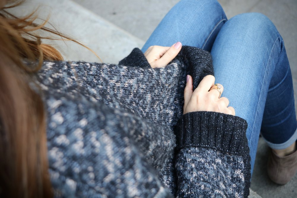 Cozy_Sweater_closeup