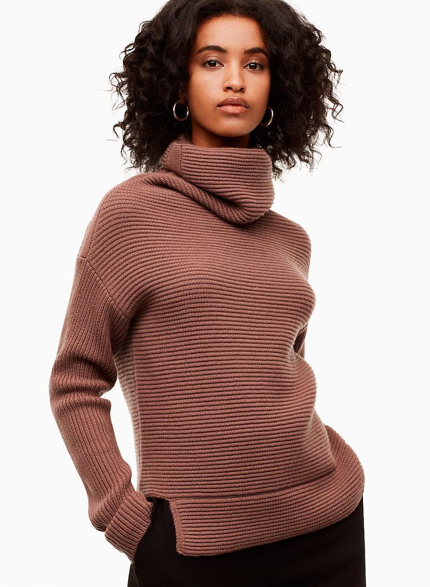 aritzia sweater.jpg