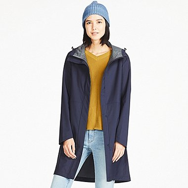 Uniqlo WOMENS BLOCKTECH COAT $89