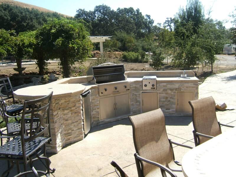 unlimited_outdoor_kitchen_10.jpg