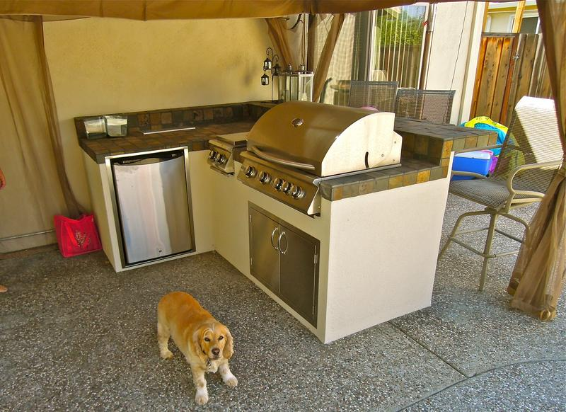 BBQ_kitchen_1.JPG