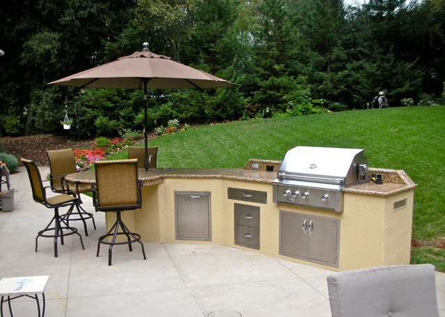 Kitchens Unlimited Outdoor Kitchens