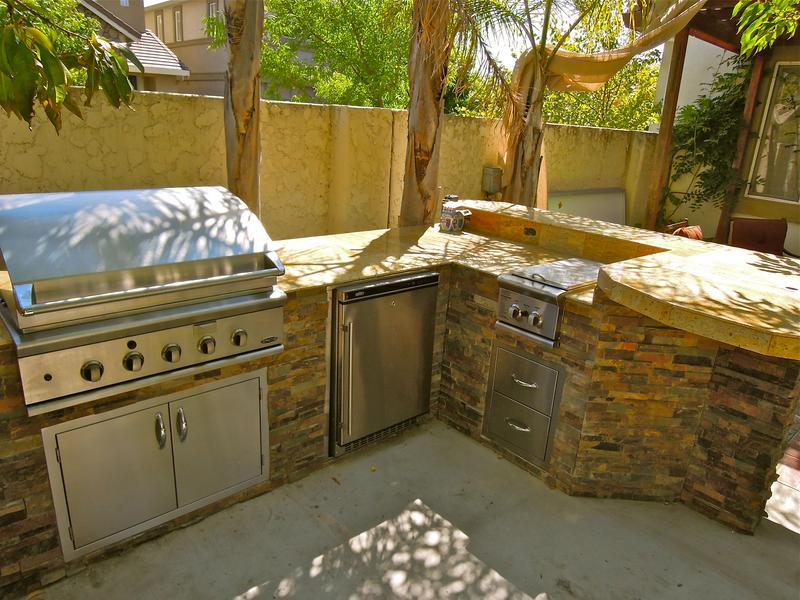 Outdoor_Kitchen_7_1.JPG