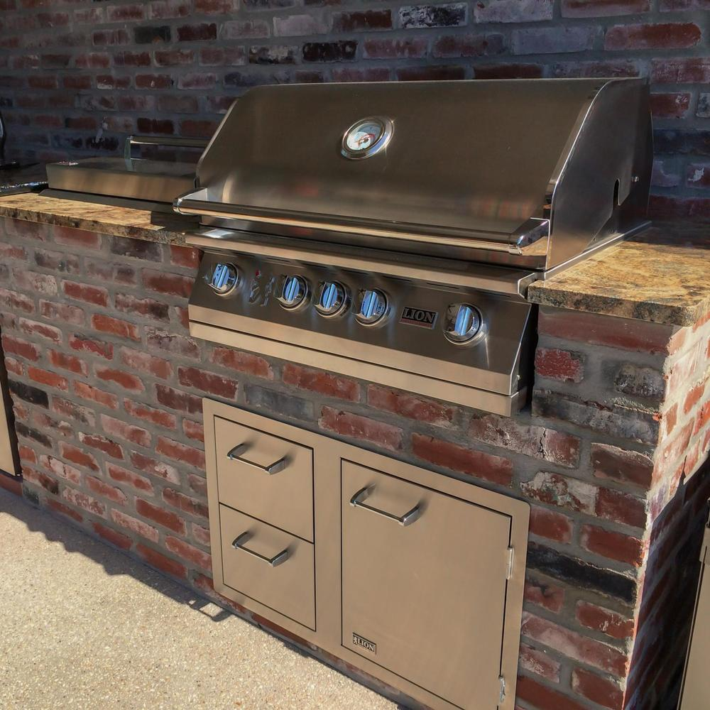 Outdoor Pizza Ovens  Smokers  Unlimited Outdoor Kitchens - Outdoor kitchen designs with smoker