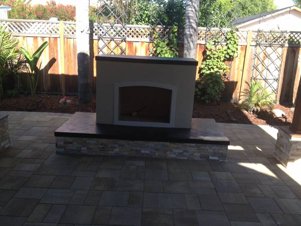 Outdoor-Kitchen-Fireplace-Pergola-California-8.jpg