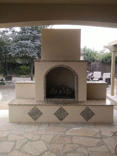 Custom Outdoor Fireplace California 09.jpg