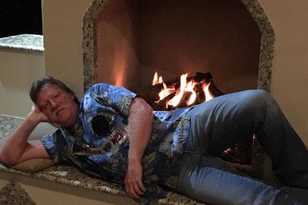 Custom Outdoor Fireplace California 11.jpg