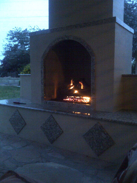 Custom Outdoor Fireplace California 10.jpg