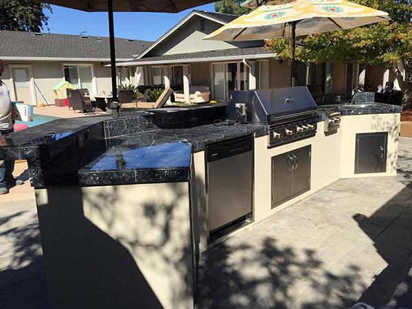 Khalipa Outdoor Kitchen & Pergola — Unlimited Outdoor Kitchens