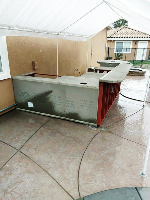02-Livermore Outdoor kitchen installation.jpg