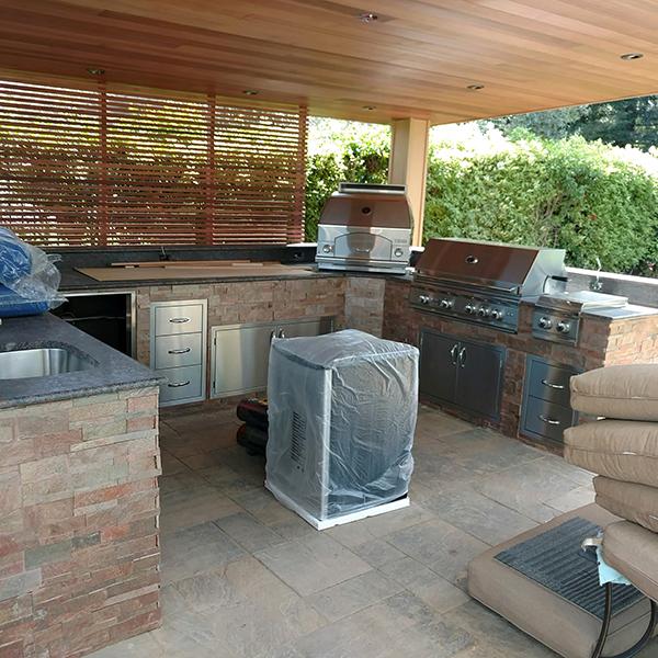 06-Fund Outdoor Kitchen - Los Gatos, CA.jpg