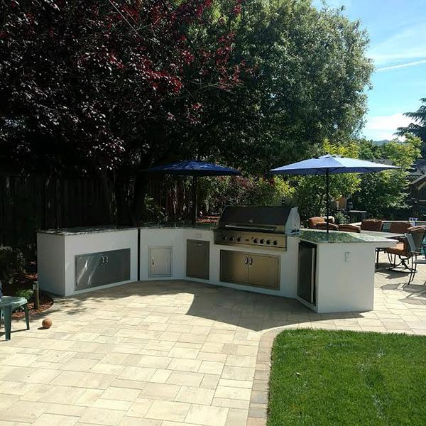01-Mau Outdoor Kitchen Saratoga CA.jpg