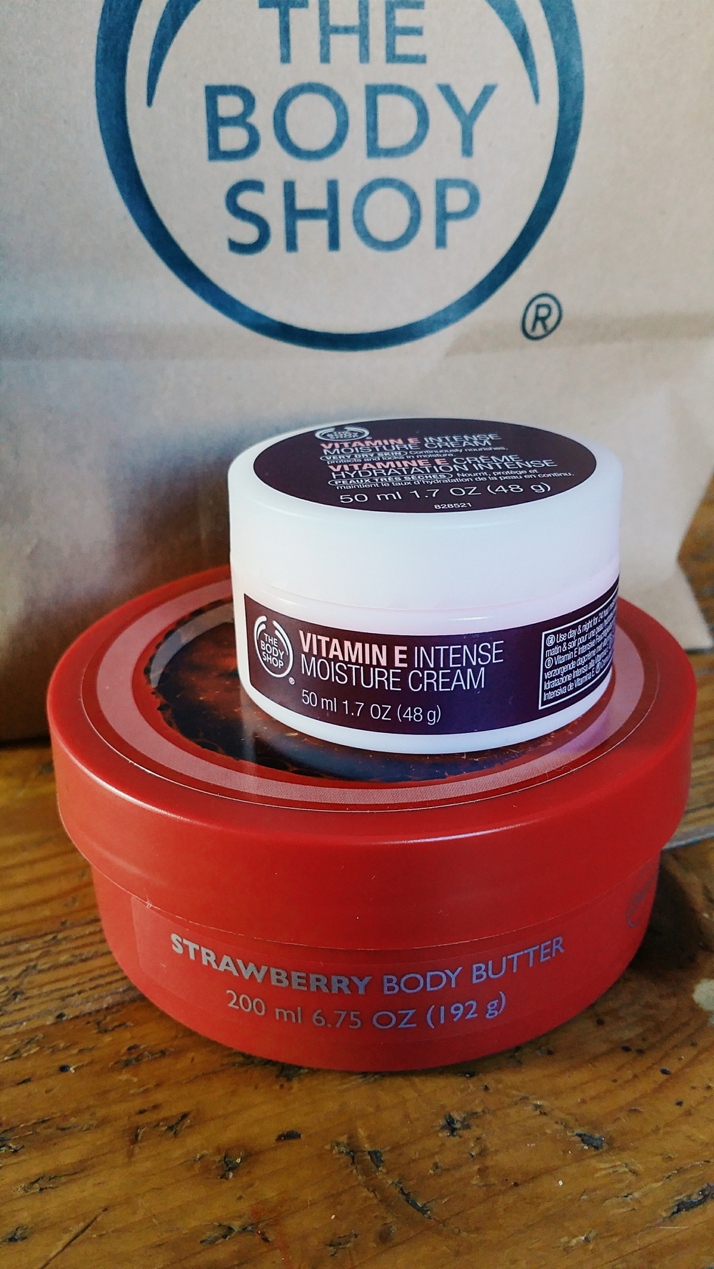the strawberry body butter was just an extra :)