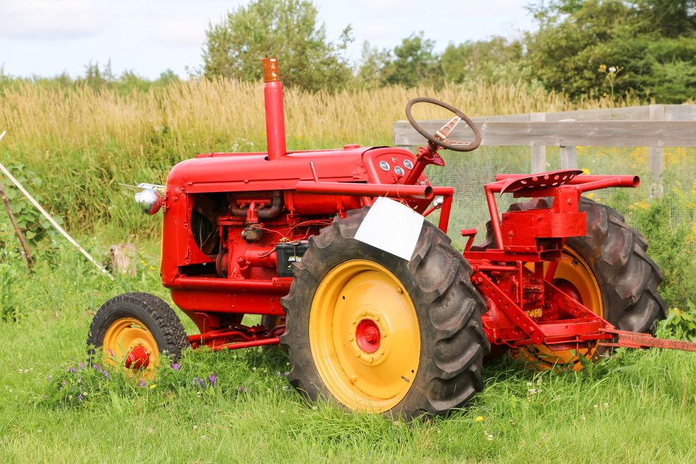 annnnnd....one more of the tractor...cause look at it..so cute and red...sigh.
