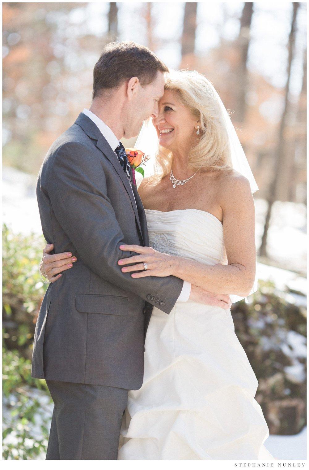 winter-garvan-gardens-wedding-photos-010.jpg