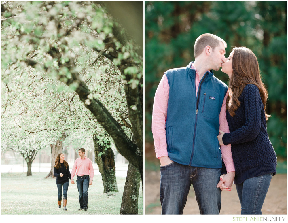engagement-photos-in-woods-004
