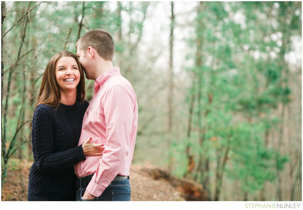 engagement-photos-in-woods-007