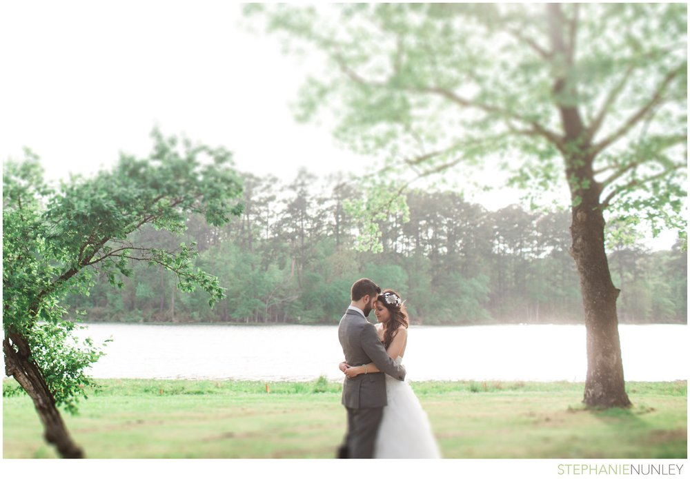 lake-lodge-wedding-photos-054