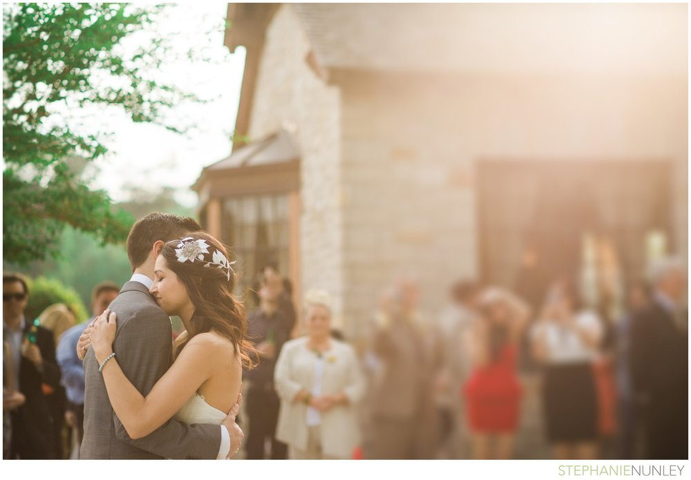 lake-lodge-wedding-photos-088