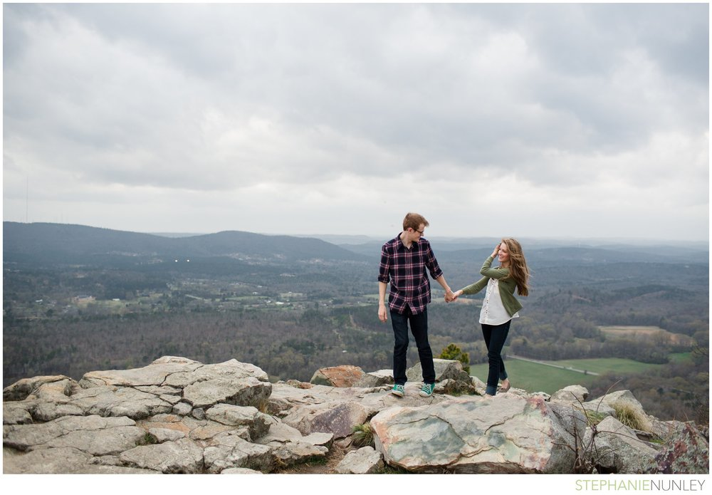 pinancle-mountain-engagement-photo-006