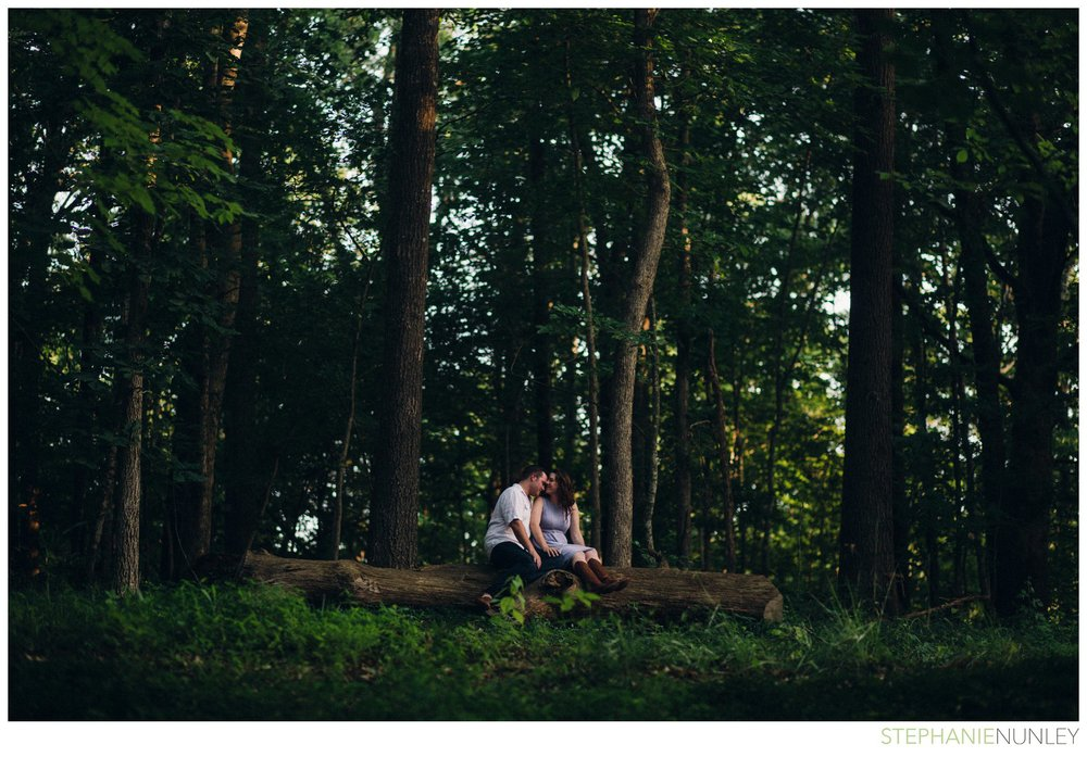crystal-bridges-engagement-photos-022