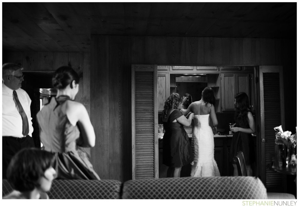 dark-plaid-wedding-photos-016