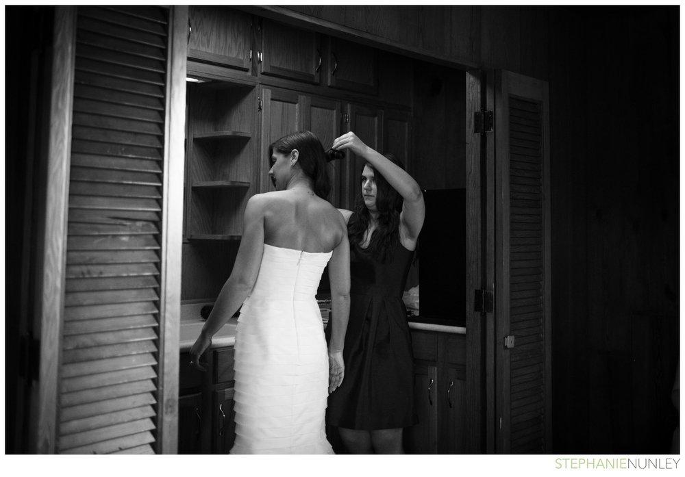 dark-plaid-wedding-photos-017