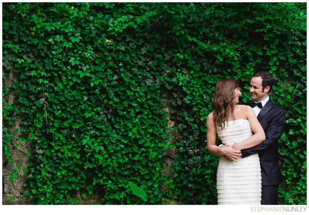 dark-plaid-wedding-photos-042