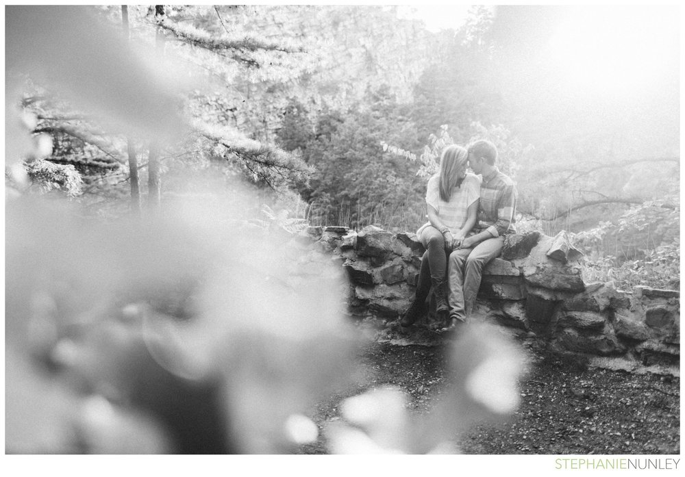 pinacle-mountain-engagement-photos-016