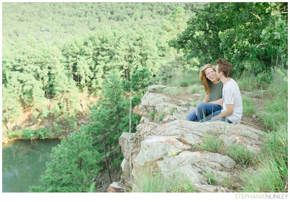 pinacle-mountain-engagement-photos-019