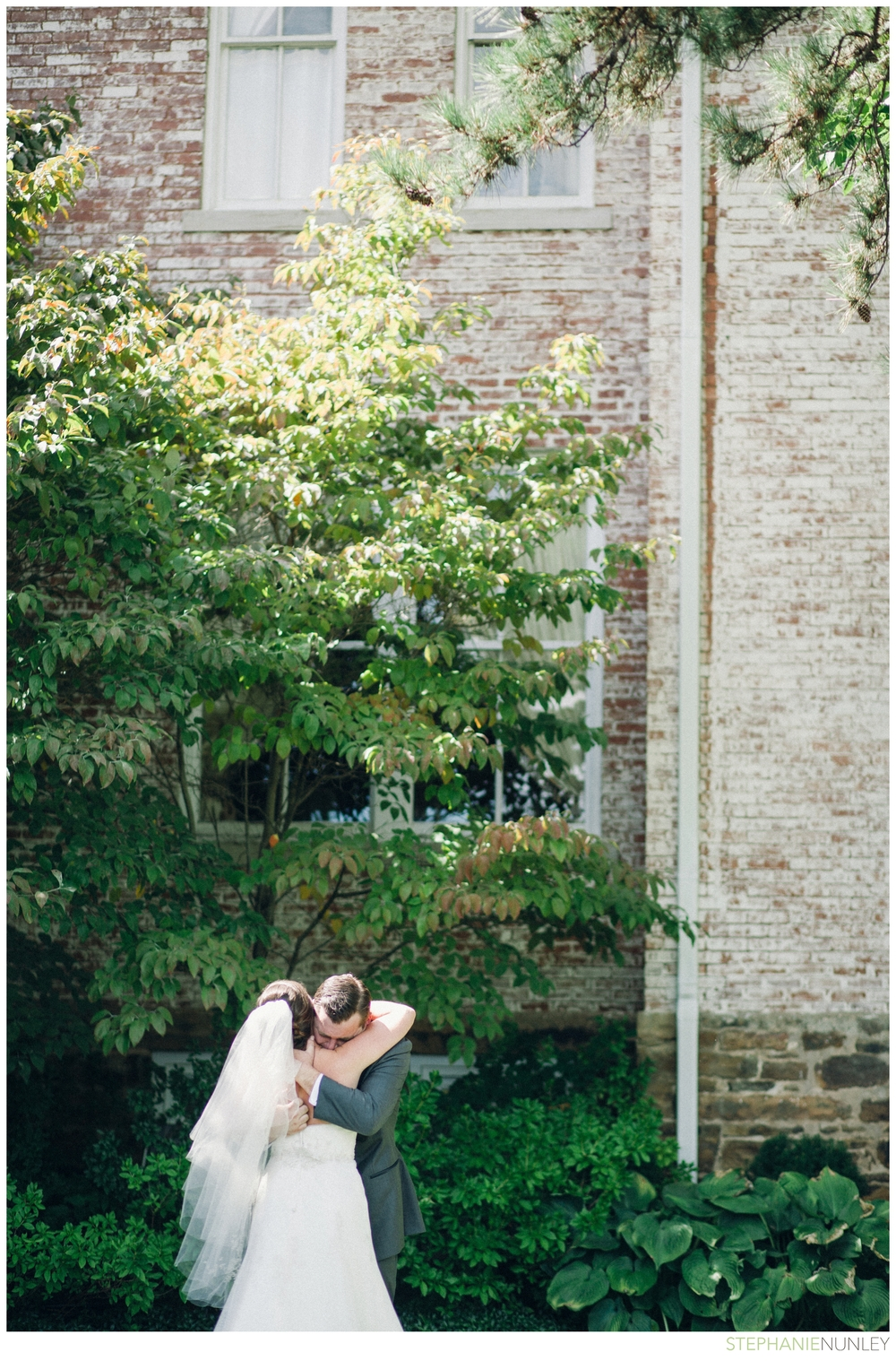 university-of-arkansas-carnall-hall-wedding-photos-042