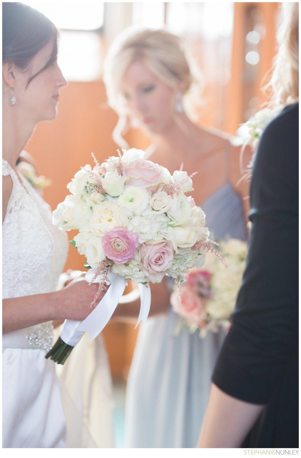 light-airy-minnesota-wedding-photography-021