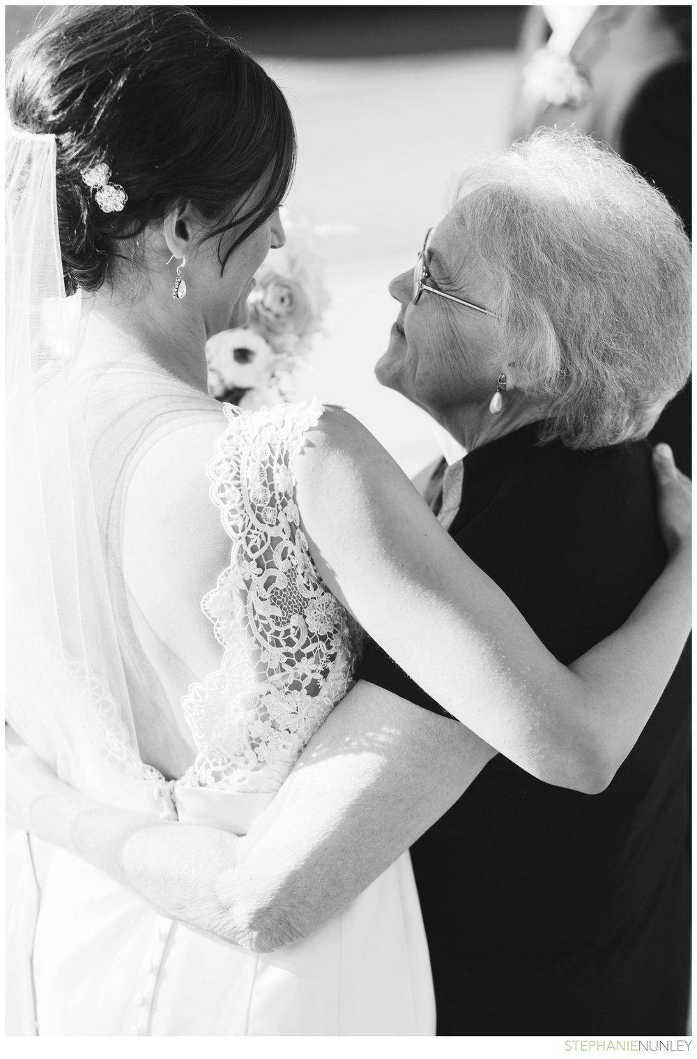 light-airy-minnesota-wedding-photography-030