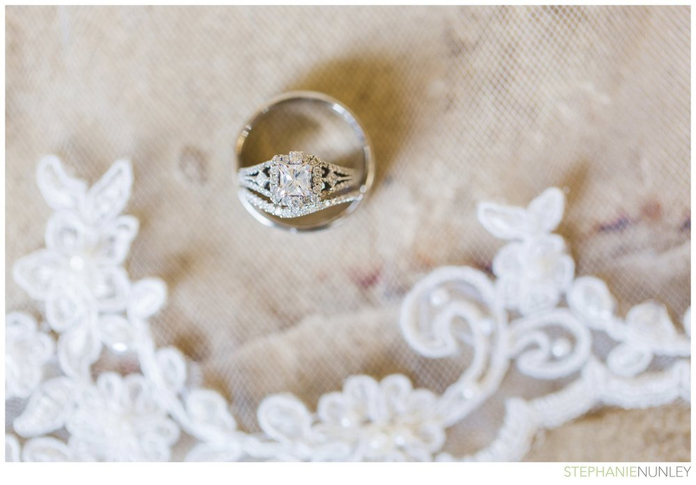 romantic-garvan-garden-wedding-photos-003