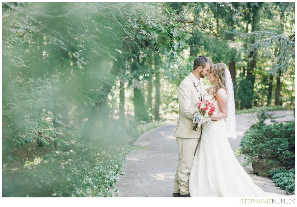romantic-garvan-garden-wedding-photos-006