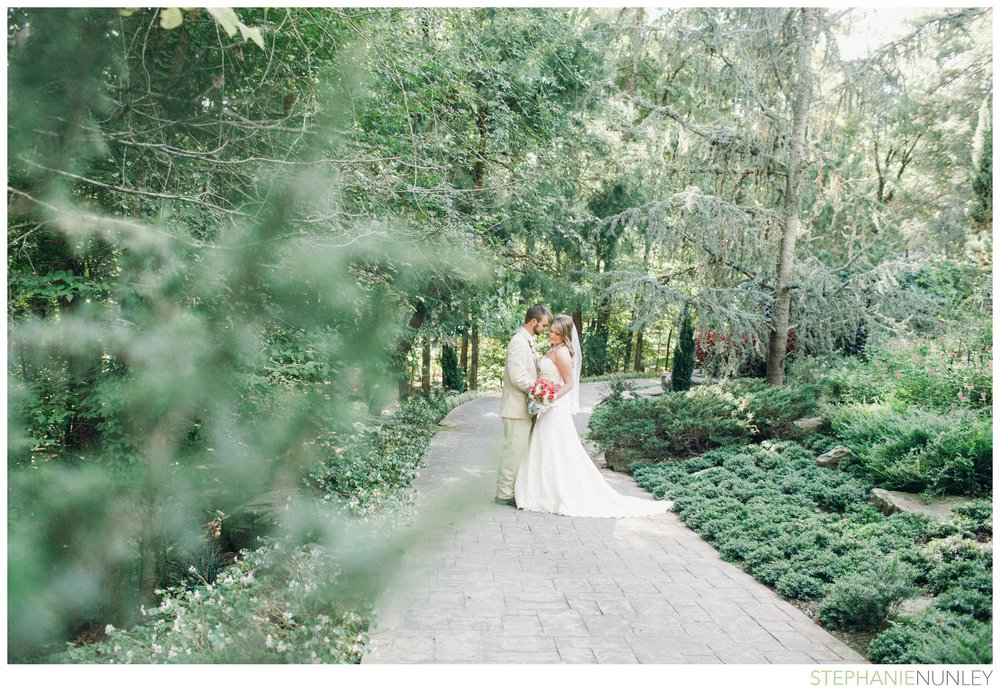 romantic-garvan-garden-wedding-photos-007