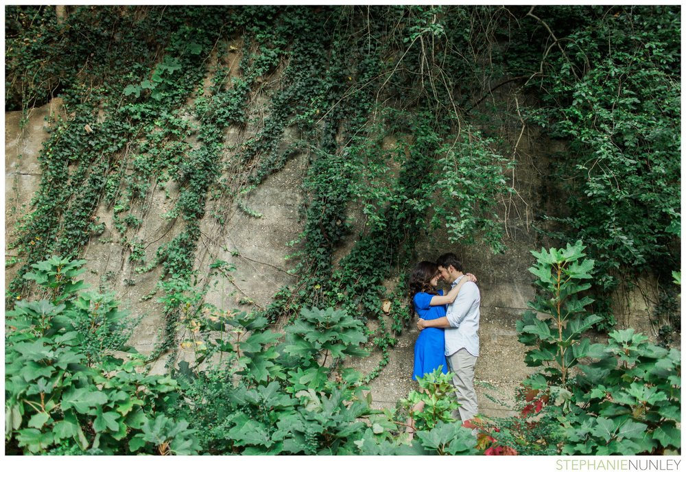 romantic-waterfall-engagement-photos-008