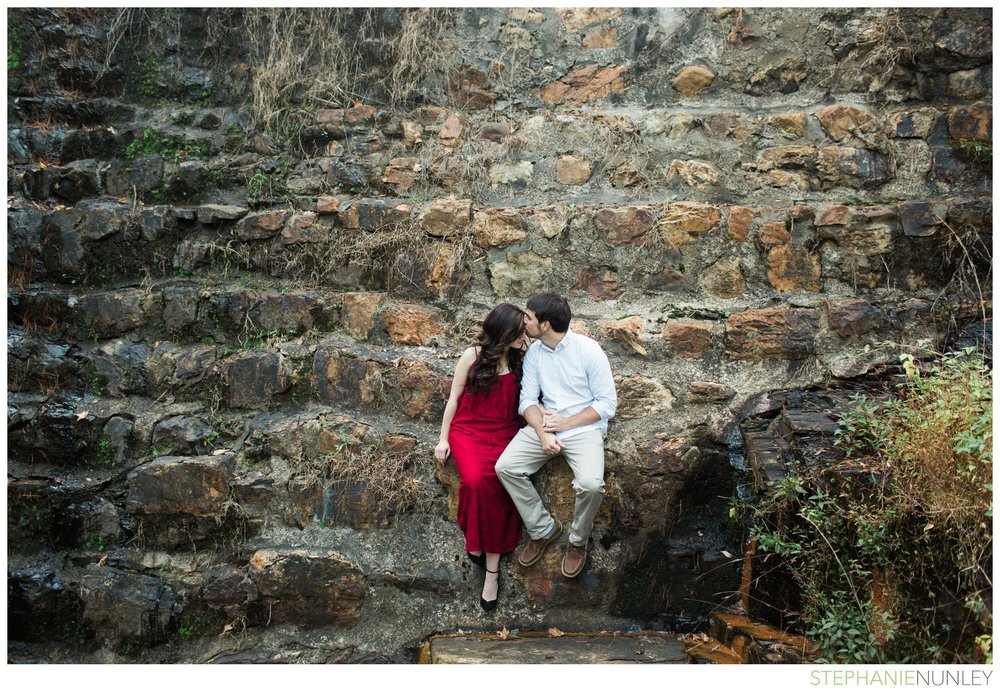 romantic-waterfall-engagement-photos-016