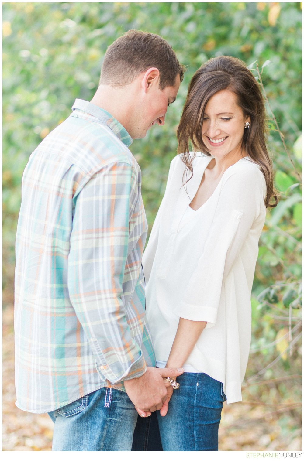 willow-tree-engagement-session-photos-002