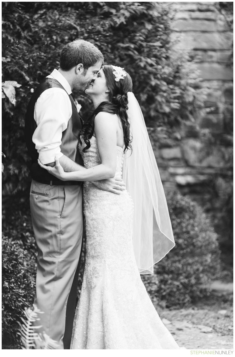 romantic-fall-garvan-garden-wedding-photos-023
