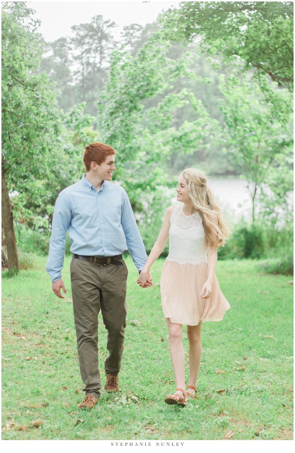 romantic-lake-film-engagement-photos-0009.jpg