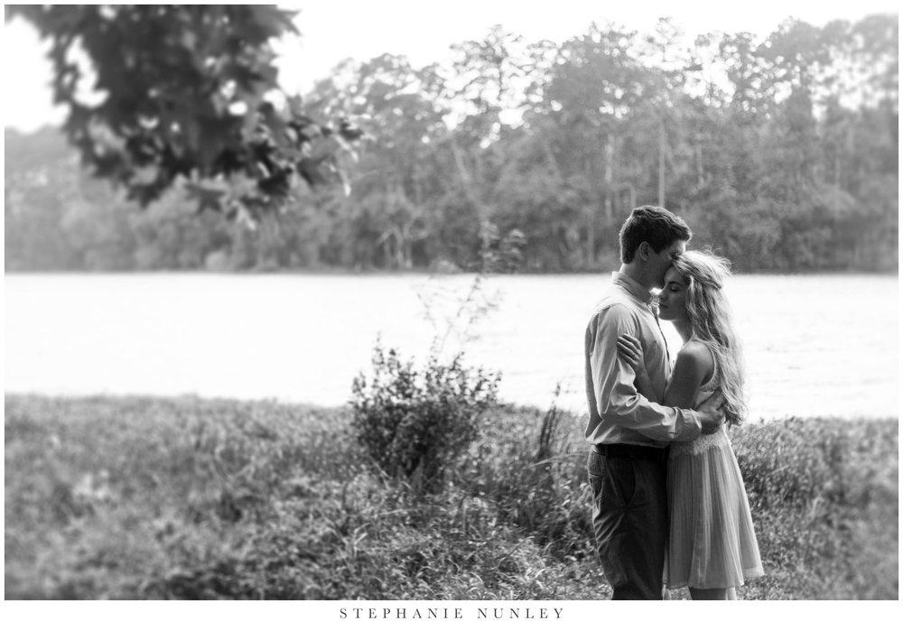 romantic-lake-film-engagement-photos-0011.jpg